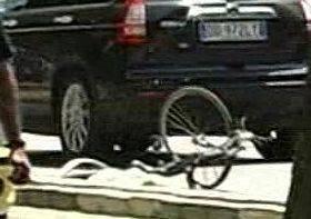 80enne in bici perde la vita dopo uno scontro con una moto in via Flaminia