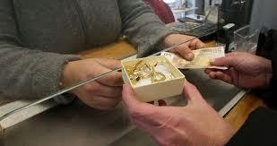 Litigio per una collana, i CC scoprono che è stata venduta senza tracciabilità