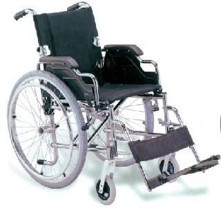 Chiede di poter passare avanti alle Poste, cortesia negata a disabile