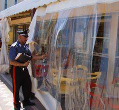 Danni per migliaia di euro nei bagni colpiti dal blitz notturno dei vandali