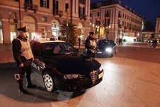 Liti tra coppie. Super lavoro per i carabinieri chiamati a riportare la calma