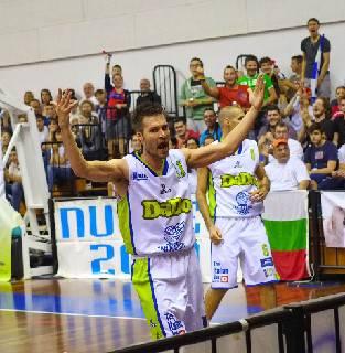 Basket. Capitan Stefano Rossini lascia i Titans