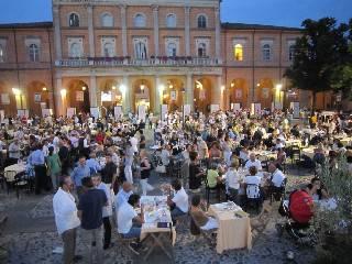 Santarcangelo: raccolti 16mila euro per il Comune di Finale Emilia