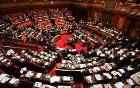 Referendum compensi parlamentari. Le firme viaggiano col passaparola