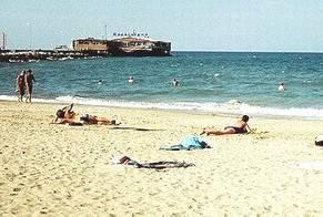 75enne colto da malore annega nelle acque davanti a p.le Boscovich