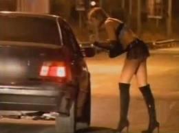 Controlli in strada, Polizia Municipale sanziona clienti e prostitute