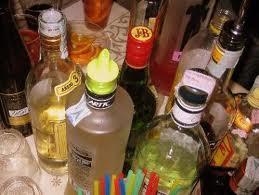 Alcol e prostituzione: controllati 15 locali e fermate 13 prostitute