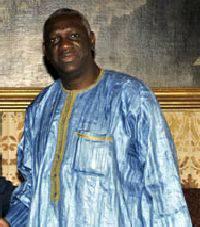 Aggressione ai vigili. Solidarietà dal console del Senegal in visita