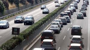 Giornata da bollino rosso in autostrada: traffico intenso verso la Riviera