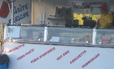 Confiscato automarket abusivo a Marina Centro. Al titolare sanzione da 5.164 €