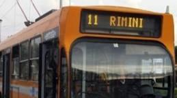 Picchia il controllore del bus. Nei guai un turista di Como