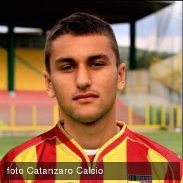 Calcio. Ufficiale: il Rimini completa la rosa con il centrocampista Mattia Maita