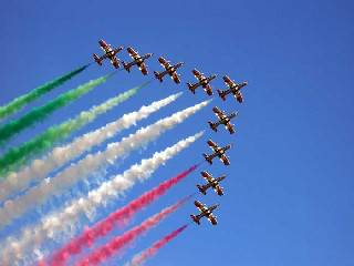 Dopo 17 anni a Rimini torna lo spettacolo delle frecce tricolori
