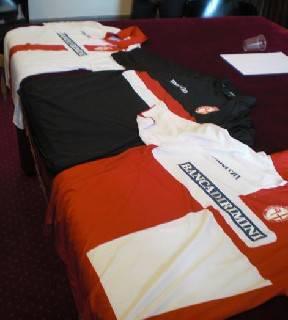Calcio. Presentate le tre maglie del Centenario del Rimini