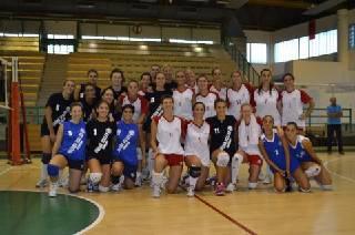 Volley B1 donne. In amichevole Ekofarma-Viserba Volley 1-3
