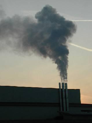 Palas. Elettrosmog e fumo nero, i residenti sul piede di guerra