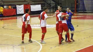 Calcio a 5 C1. Sabato al Multieventi Pretelli Rimini-Imolese