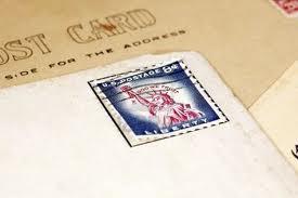 Nasconde hashish sotto i francobolli. Denuncia per 20enne riminese
