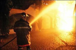 Torre Pedrera, incendio doloso a magazzino, rischi per bombole gpl