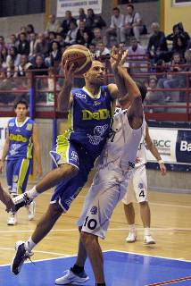 DNC. Fabriano-Dado San Marino 62-82
