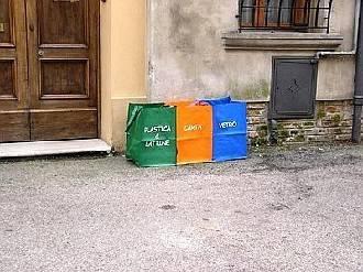 A Cattolica la raccolta rifiuti porta a porta si allarga da giugno