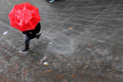 Allerta meteo: in arrivo temporali, vento, mare mosso e possibili grandinate