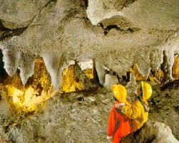 Giunta provinciale. Oltre 48 mila euro per riaprire le grotte di Onferno