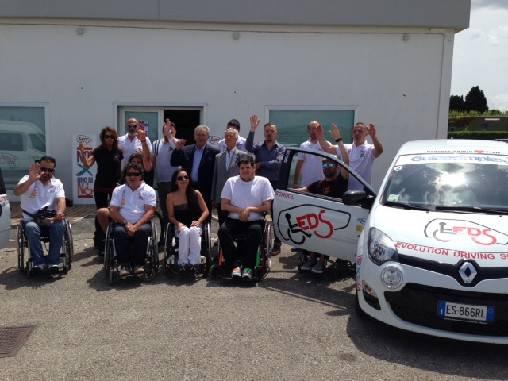 A MWC un progetto per la prima scuola italiana di guida speciale per disabili