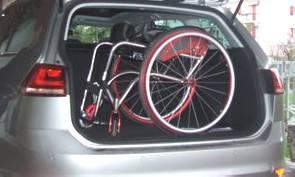 Disabile in auto dimentica di scaricare carrozzina. Soccorso dai Carabinieri