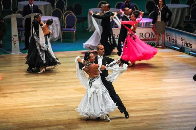 Al via Sportdance fino al 13 luglio. Domani battaglia danze latine