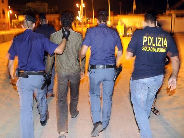Controlli polizia. 4 arresti e 22 denunce nel fine settimana della notte rosa