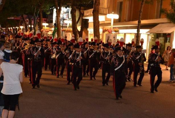 200° Arma Carabinieri. Un migliaio per il concerto della Fanfara