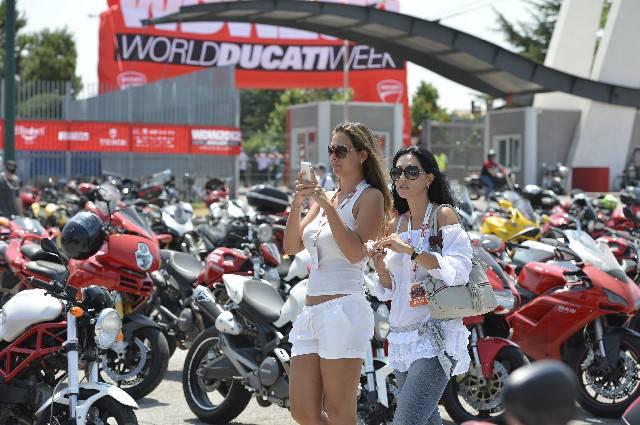 Arriva il World Ducati Week: esplode la passione della grande community Ducati