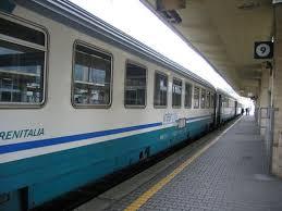 Treno deragliato. Linea Bologna Rimini riaperta alle 9.45