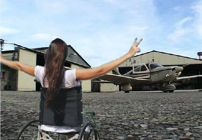 Libera le ali. Esperienza di volo per dieci ragazzi disabili
