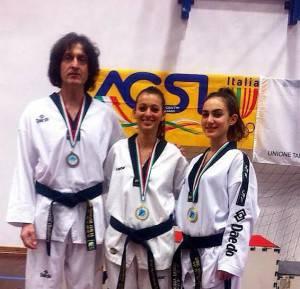 Le tre medaglie  di Busto Arsizio. Da sinistra Marcello Bernardi; Elisa Romagnuolo e Aurora Sanchi