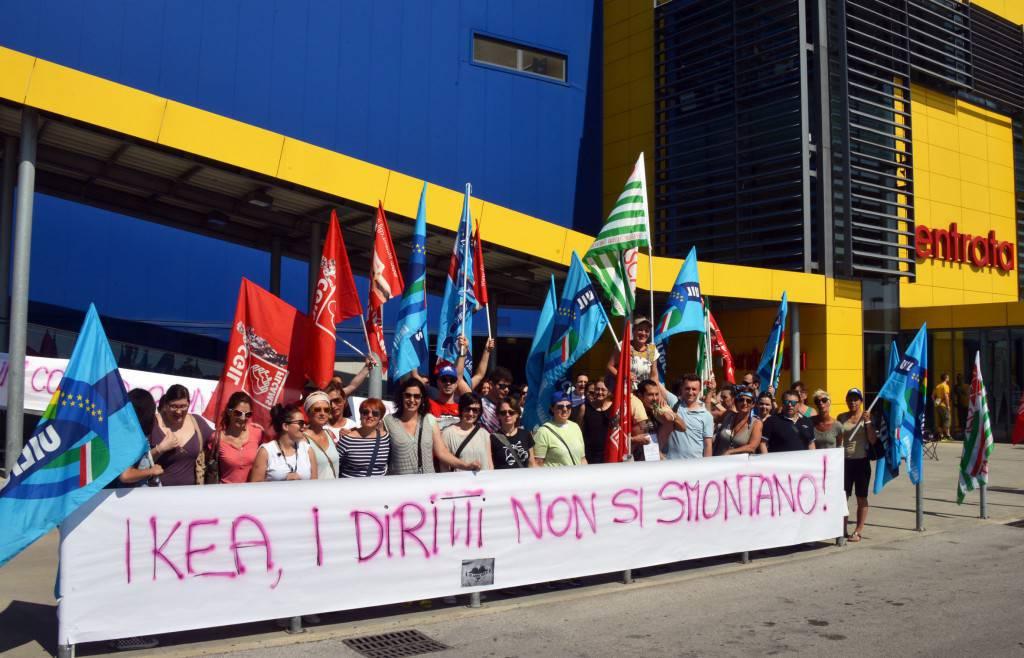 Contratto non rinnovato sciopero all 39 ikea di rimini for Ikea orari rimini