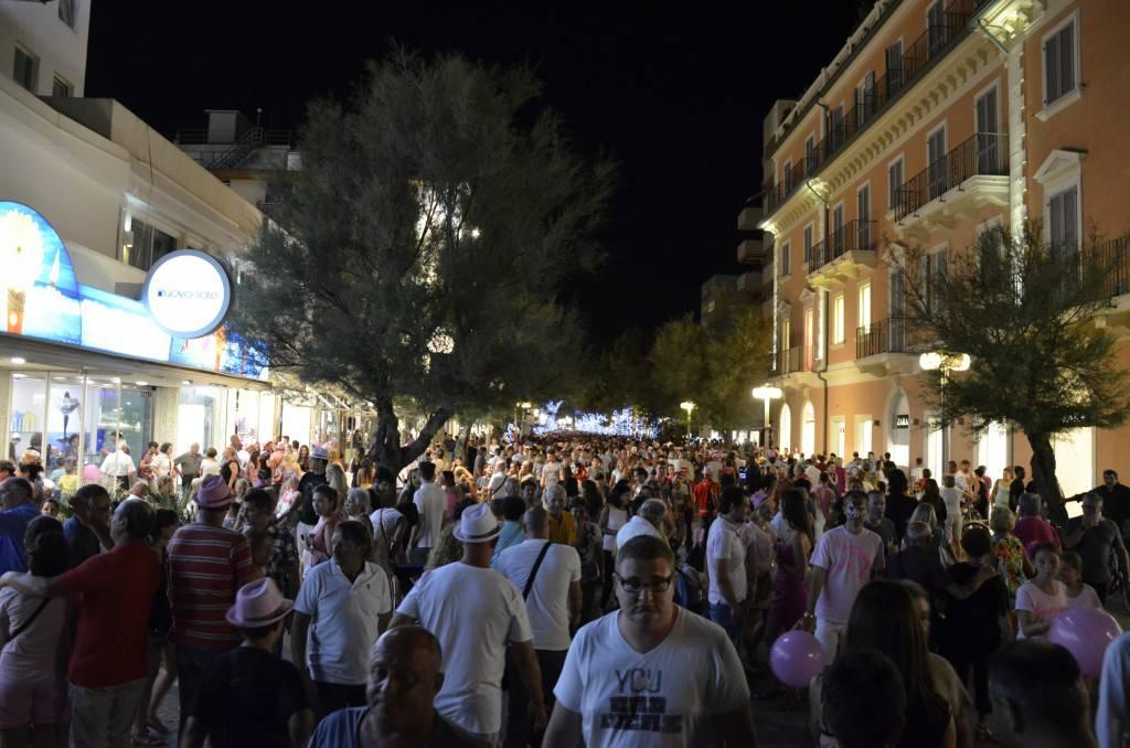 Patto Civico Riccione: eccessivo divieto alle bici in viale Ceccarini