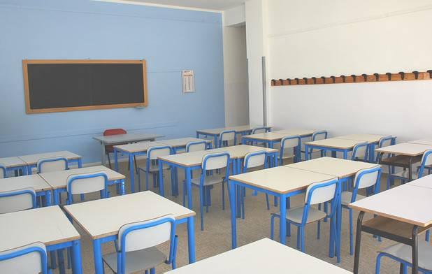 Scuole Riccione: 50.000 euro per personale mensa e materiale informatico
