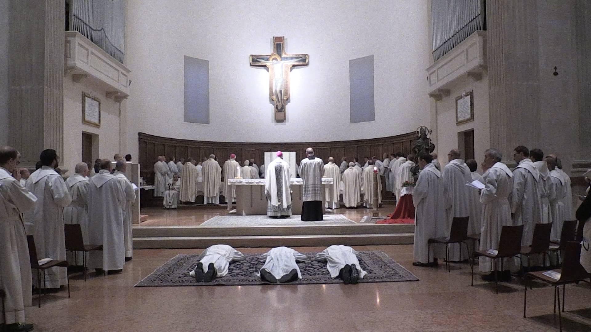 Domenica in Basilica l'ordinazione di dieci diaconi