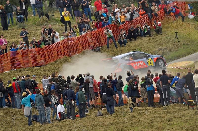 motori accesi per rallylegend 2015