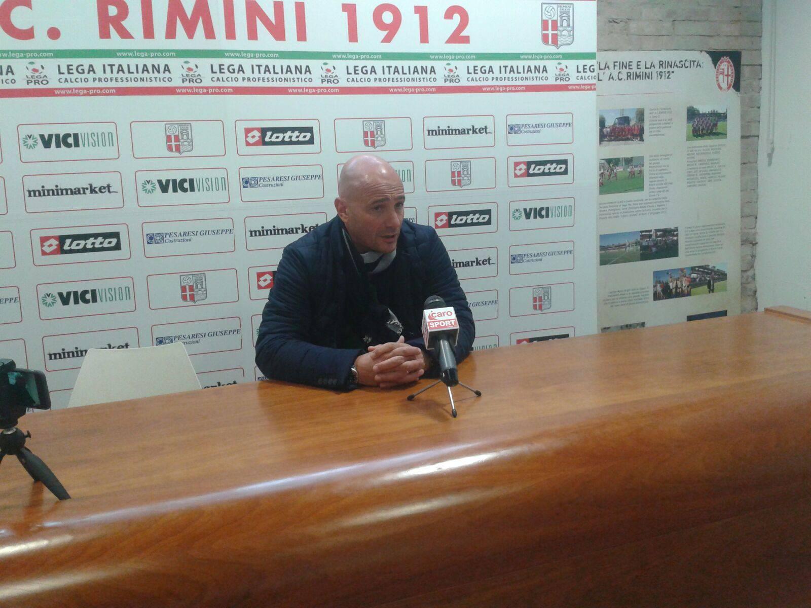 Carrarese-Rimini, difesa biancorossa da inventare