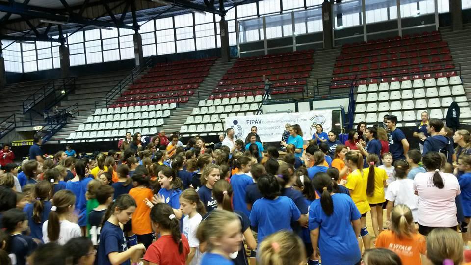 220 bambini al 1° Torneo di Minivolley