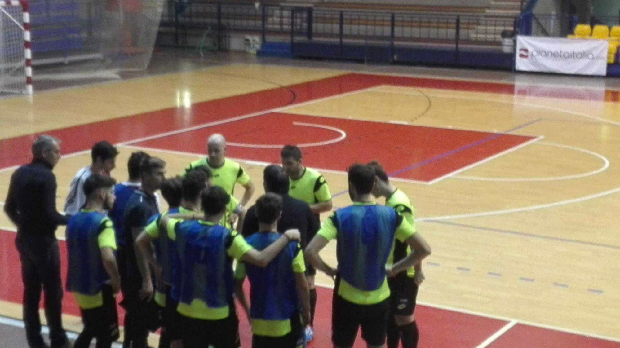 Calcio a 5. Aposa-Rimini 4-2