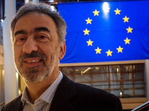 Affronte su piattaforme: da sindaci dibattito surreale sopo lungo sonno