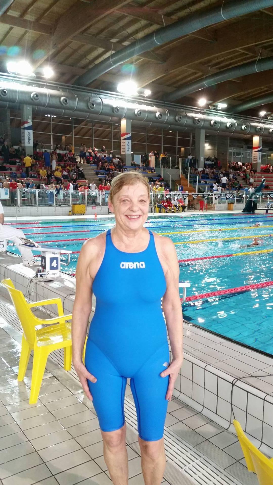 Monika Breetsch centra il record italiano negli 800 stile libero M70 (13'56''65) polverizzando un tempo che resisteva da 4 anni