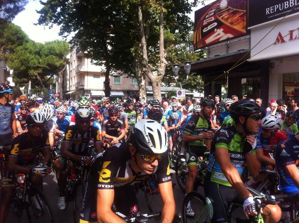 La Nazionale di ciclismo e il campione del mondo d'inseguimento Ganna tra i protagonisti alla Coppi e Bartali