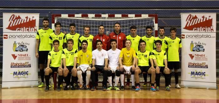 Calcio a 5 Rimini. La prima squadra trema, la Juniores fa le prove di play off, asfaltando il Ravenna