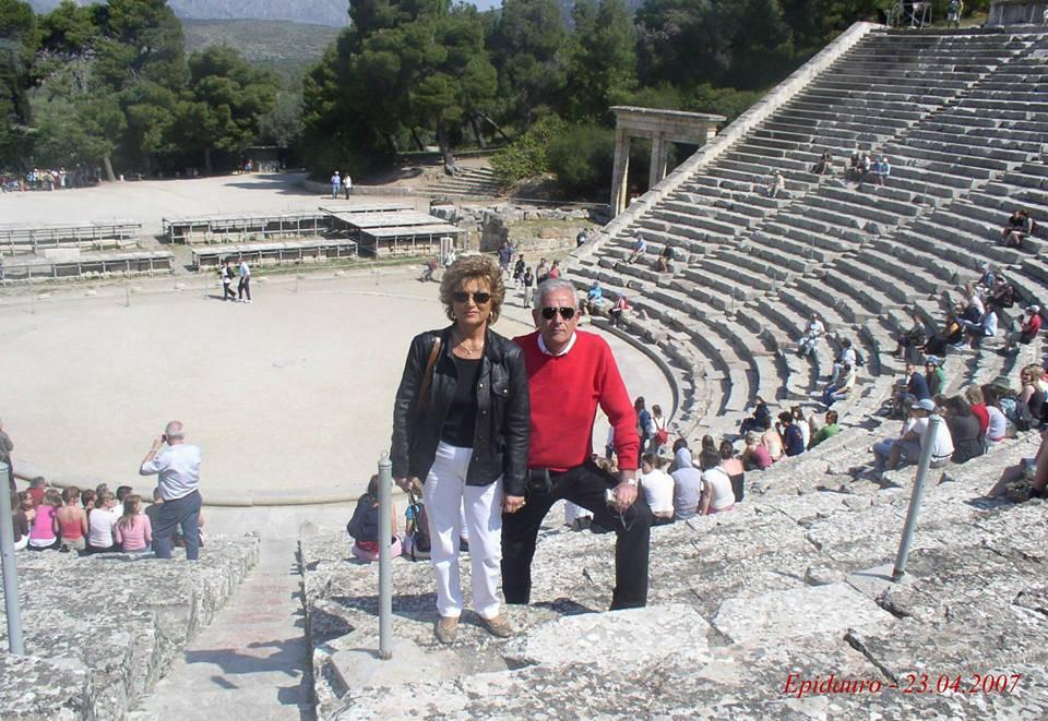 Elena Cavioli e Gilberto Zanotti durante una gita in Grecia del Club Tre Moschettieri nel 2007
