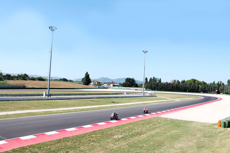 Due nuove tribune a Misano World Circuit: allestite la